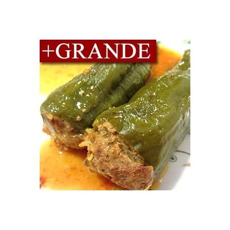Pimientos Rellenos de Carne de Pollo y Guarnición de Arroz +GRANDE