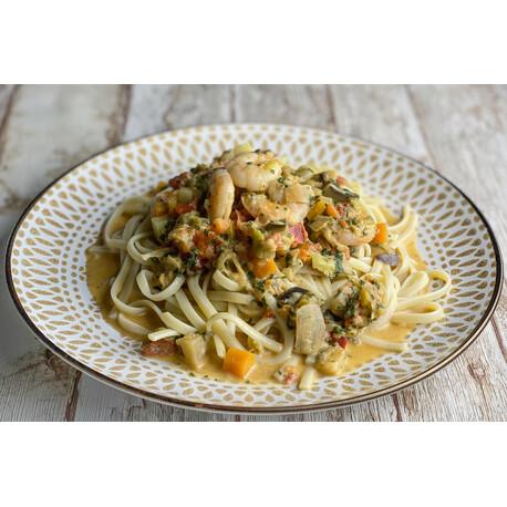 Curry Verde con Tallarines y Langostinos